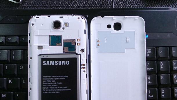 Модуль NFC на крышке телефона